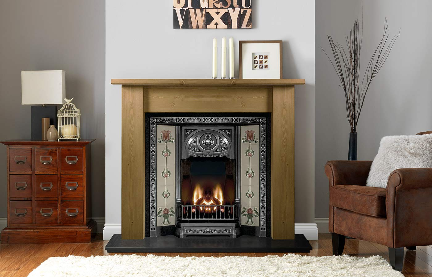 Lincoln Mantel in Pine