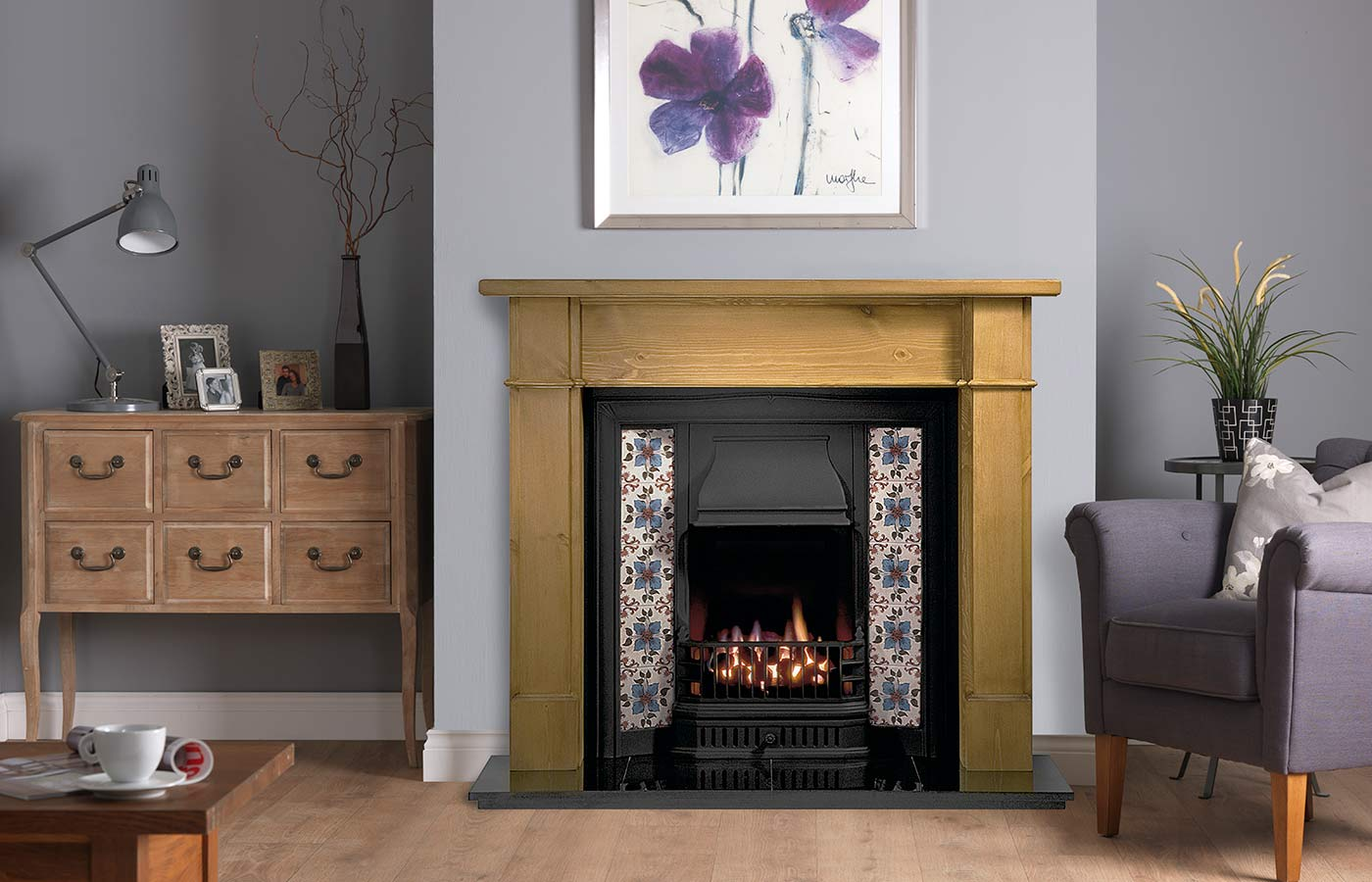 Worcester Mantel in Pine